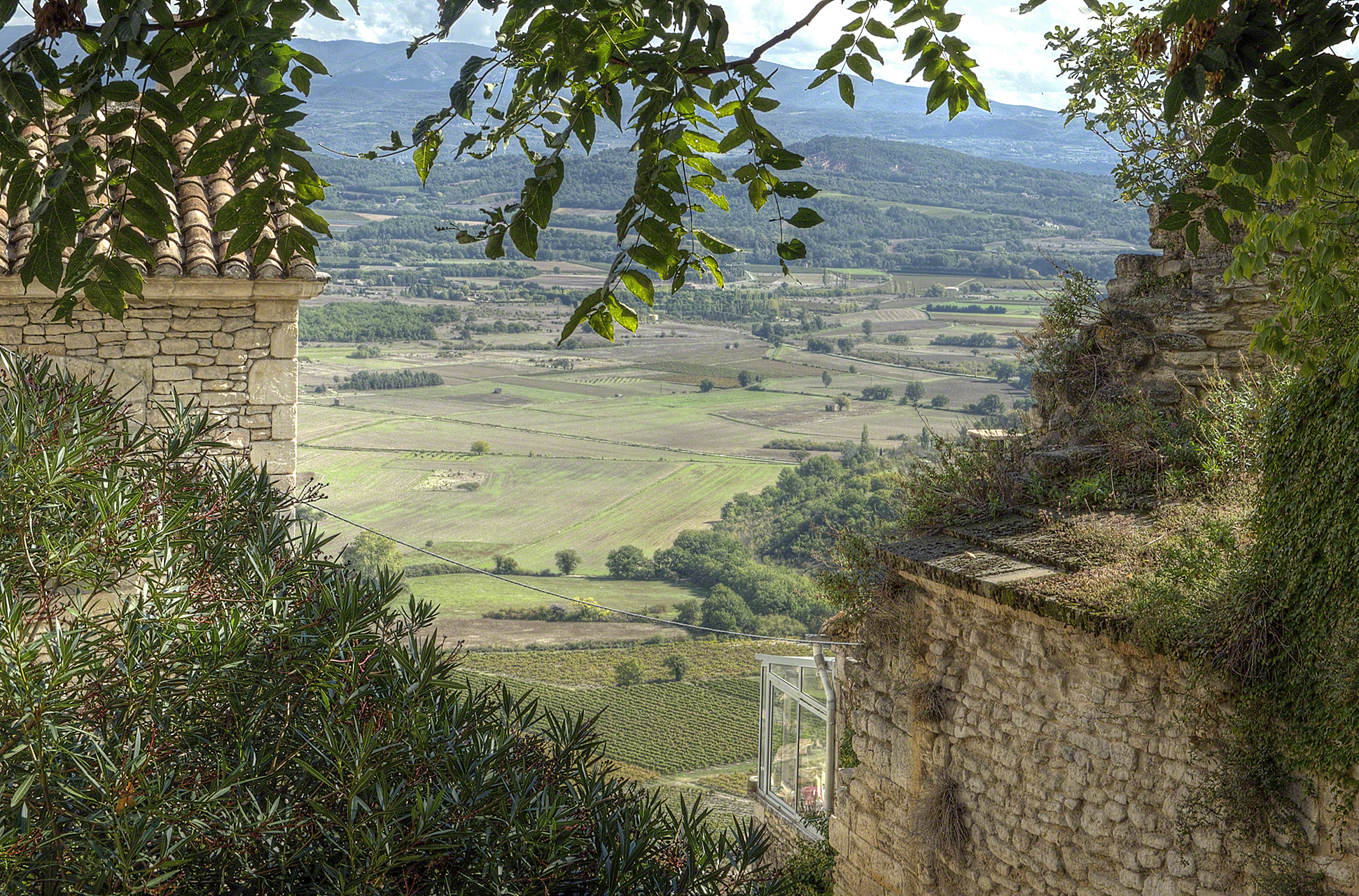 panoramic view from Gordes, France
